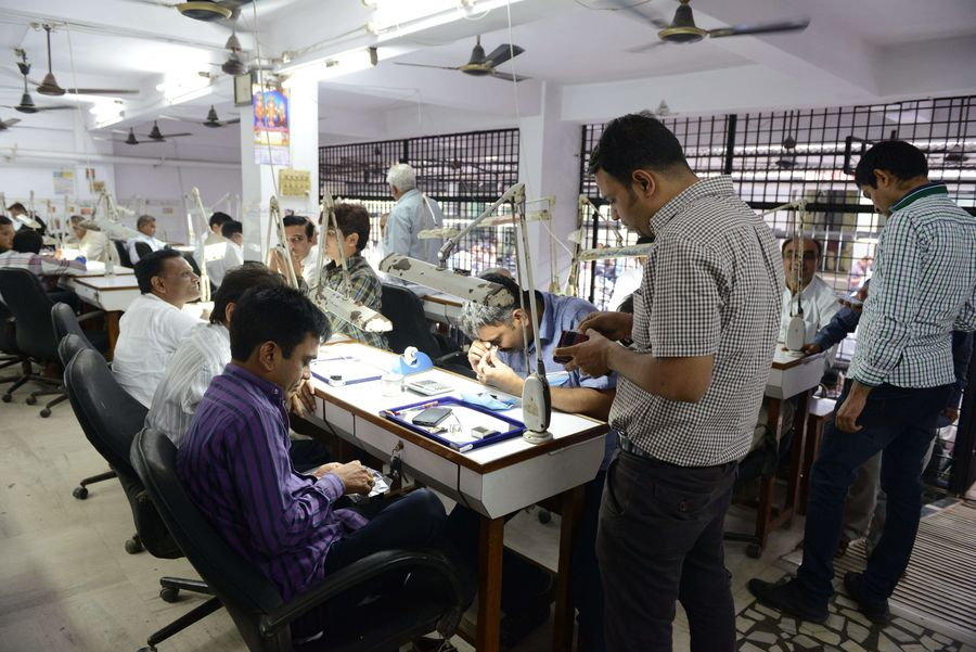 India diamond polishing.jpg